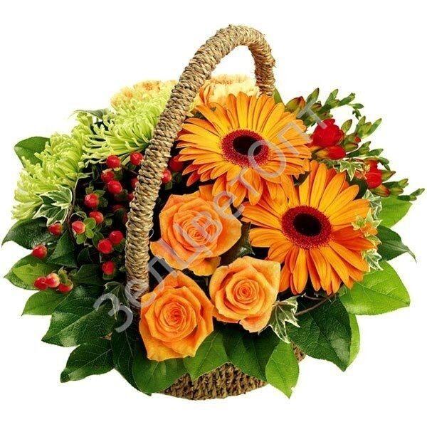Композиция цветов в корзине
